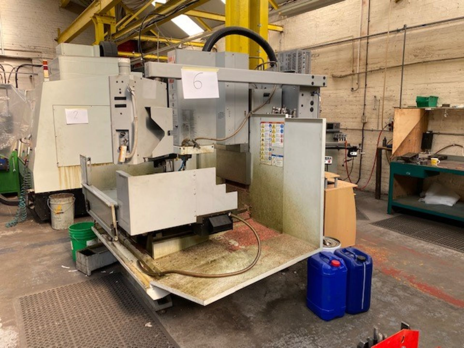 HASS CNC VERTICAL MACHINING CENTRE MODEL: TM-3CE SERIAL No: 1069469 DOM: 07/08 TO INCLUDE MANUALS - Image 4 of 5