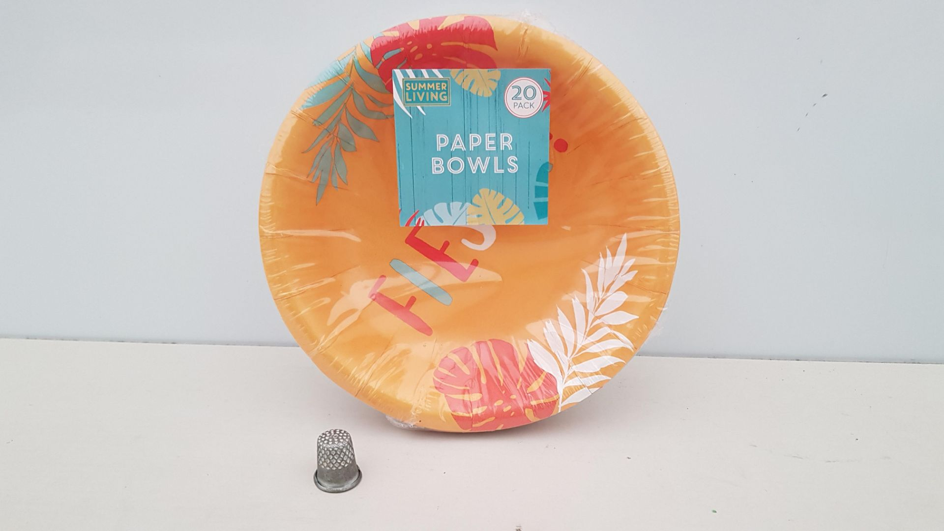 600 X BRAND NEW BOXED SUMMER LIVING 20PACK OF FIESTA PAPER BOWLS - IN 15 BOXES