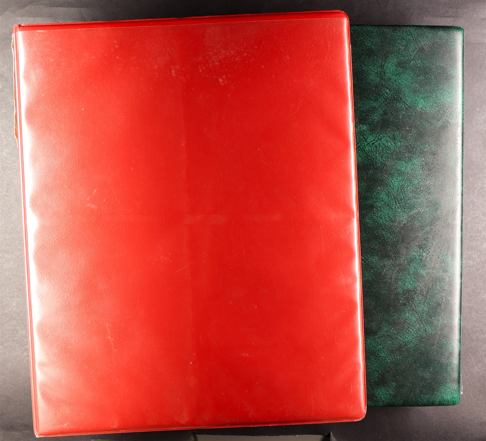 GREAT BRITAIN RAILWAY LETTER AND NEWSPAPER STAMPS 1890's-1940's COLLECTION in two albums, mint and - Image 23 of 24