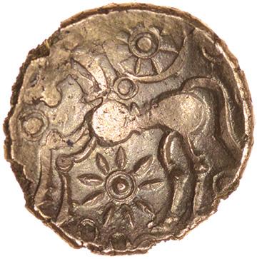 Danebury Scrolls Left. Belgae. c.60-50 BC. Celtic gold quarter stater. 12mm. 1.08g. - Image 2 of 2