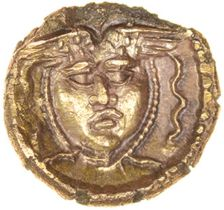 Tincomarus Medusa. Regini & Atrebates. c.25BC-AD10. Celtic gold quarter stater. 10mm. 1.10g.