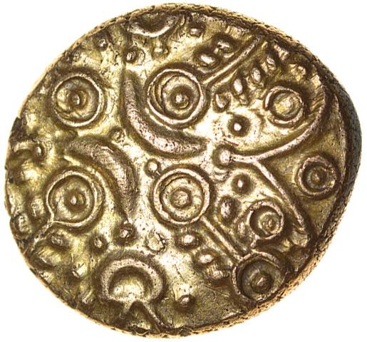 Tasciovanos Warrior. Reverse S-Type. Catuvellauni. c.25BC-AD10. Celtic gold stater. 16mm. 5.45g. - Image 2 of 2