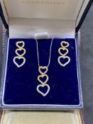 18ct 3 COLOUR GOLD DIAMOND HEART DROP EARRINGS WITH MATCHING 18ct 3 COLOUR GOLD PENDANT & CHAIN