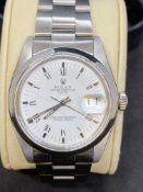 STAINLESS STEEL ROLEX OYSTER PERPETUAL DATE WATCH