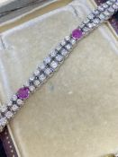 8.00ct G-VS-SI DIAMOND & 1.80ct RUBY BRACELET SET IN 18ct WHITE GOLD