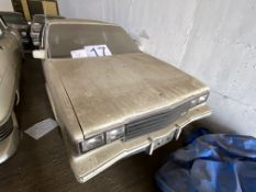 CADILLAC FLEETWOOD 75 LIMO IN WHITE, BLACK HALF ROOF WITH KEYS
