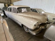 APPROX 1954 CADILLAC FLEETWOOD 75 FACTORY LIMO IN WHITE - BODY NO: 404) WITH KEYS