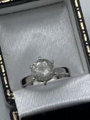 2.00ct DIAMOND SOLITAIRE RING SET IN 18ct WHITE GOLD