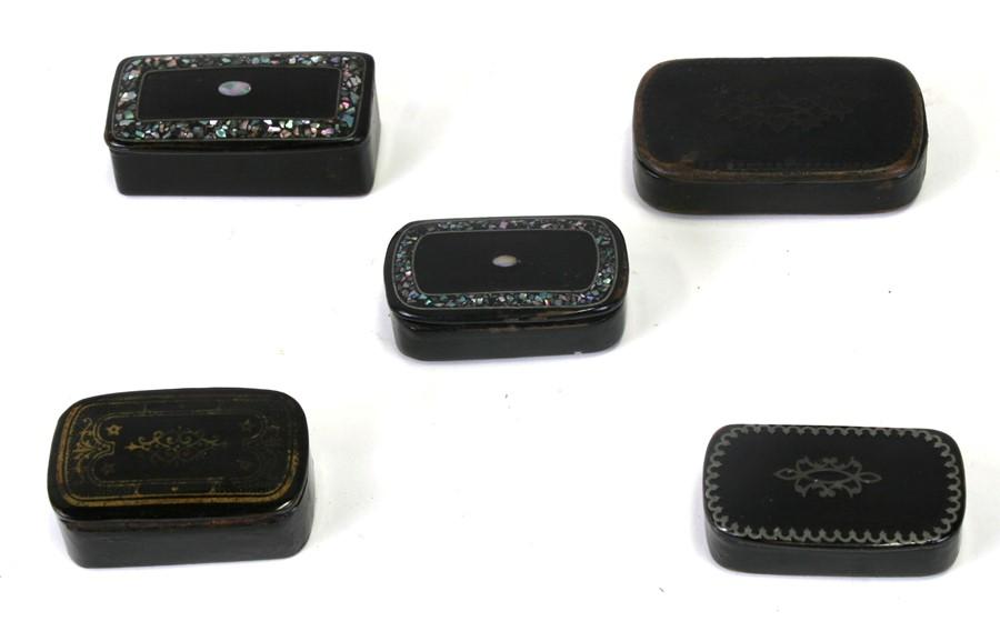 A collection of 19th century papier-mâché snuff boxes (5).