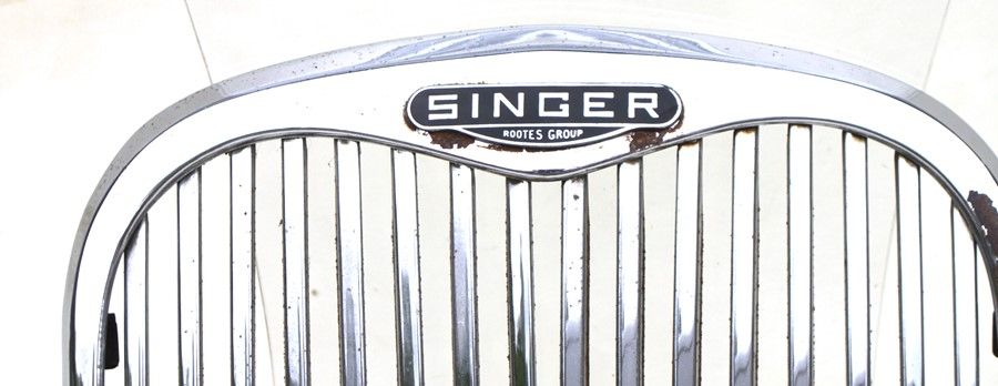 A Singer Rootes Group bonnet grille, ideal for display purposes, 37cms (14.5ins) diameter. - Image 2 of 2