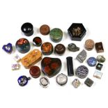 A large quantity of collectable boxes to include cloisonne, enamel, lacquer and papier mache.
