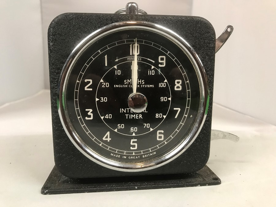 A Smiths English Clock Systems interval/lap timer, 10 cm, 4 inches wide - Image 4 of 4