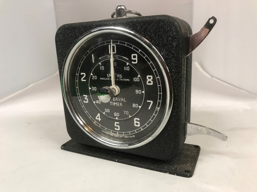A Smiths English Clock Systems interval/lap timer, 10 cm, 4 inches wide
