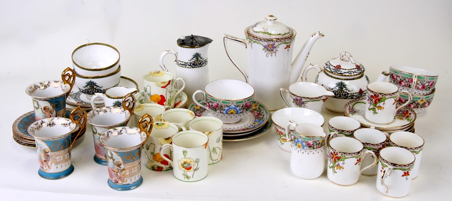 A Royal Doulton 'Poppy' pattern part coffee set together with other ceramics
