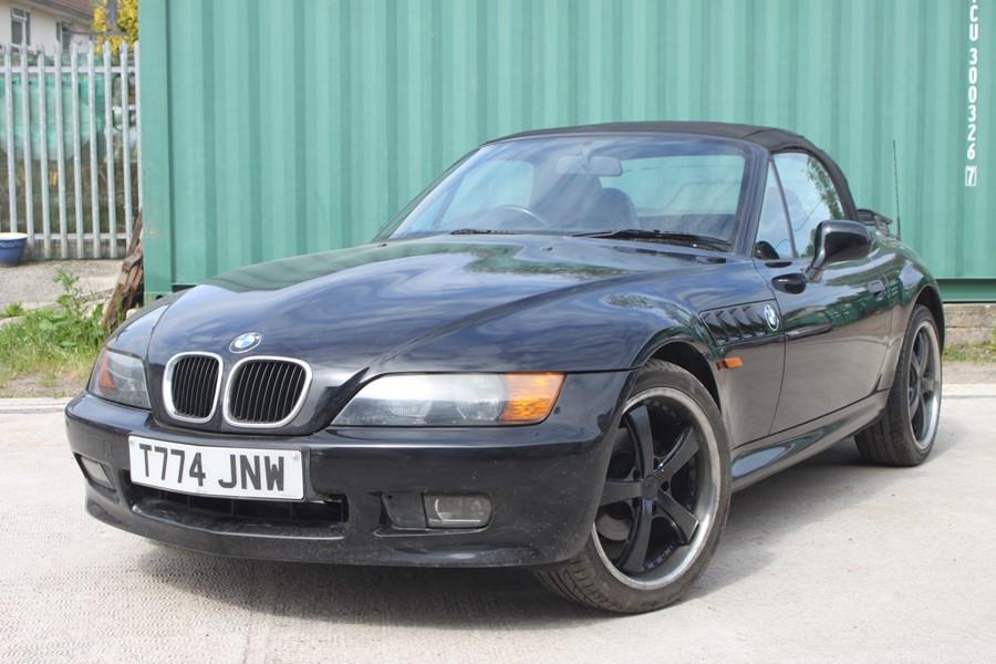 A 1999 BMW Z3 1.8 Roadster, registration number T774 JNW, black. Finished in black with a black - Image 2 of 10