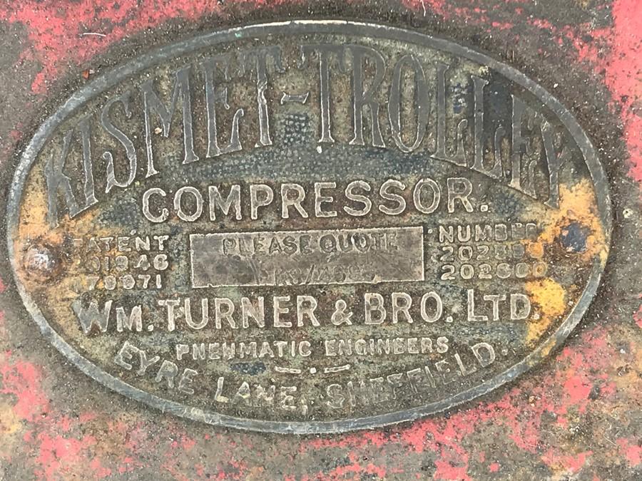 A large vintage Kismet-Trolley compressor jack with Wm. Turner & Bro. Ltd Pneumatic Engineer's - Image 2 of 2