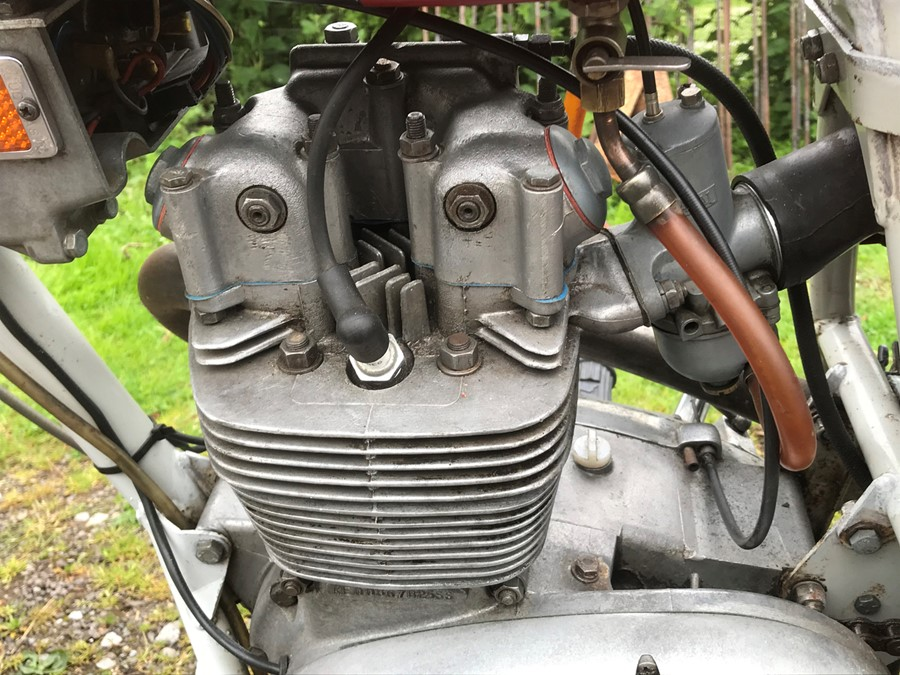 WITHDRAWN - BEING RE-OFFERED IN OR OCTOBER SALE - A 1972 BSA B25 SS Gold Star 250cc, registration to - Image 9 of 16