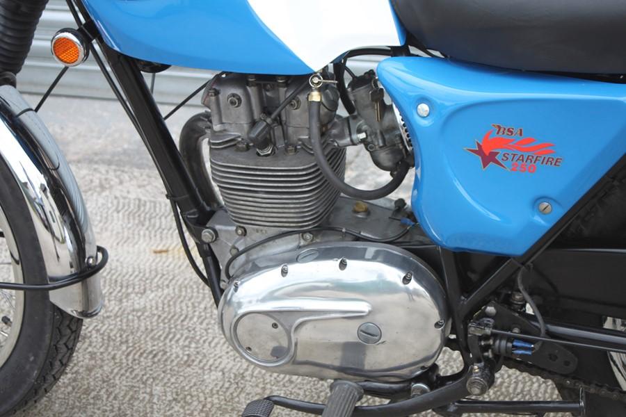 A 1968 BSA B25 S Starfire, registration no. AHJ 451E, frame no. B25B 584, engine no. B25B 584, Blue. - Image 4 of 13