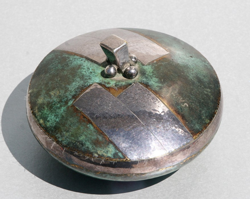 A Loys Lucha, Paris Art Deco silvered & Verdigris bronze patinated circular powder puff box and - Image 2 of 4