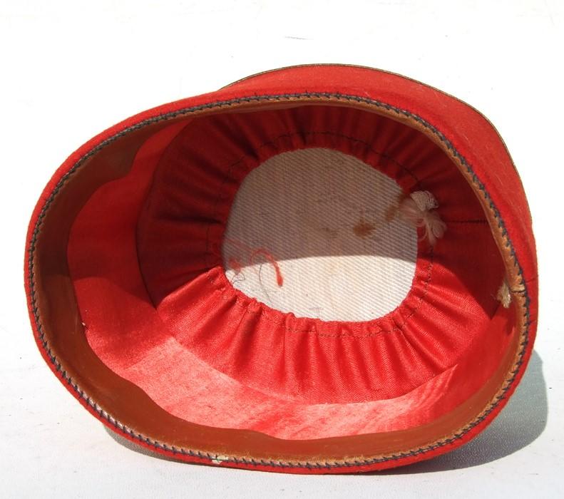 A late 19th or early 20th century (possibly) Poland Army officers pill box cap or fez. Red and - Image 2 of 2
