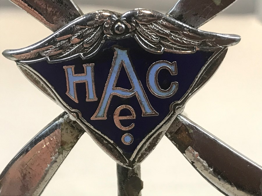 An Accessory car mascot, in the form of twin propellers, chrome plated with an enamel central - Image 2 of 2