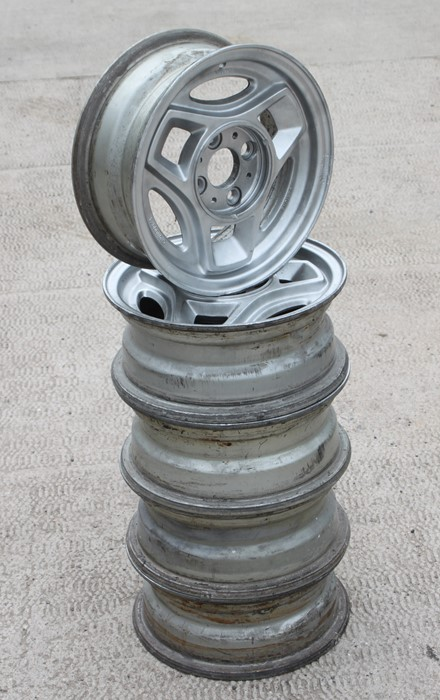 A set of five Chromodora Bertone 5JX13 alloy wheels suitable for a Fiat X19 (5). - Image 2 of 2