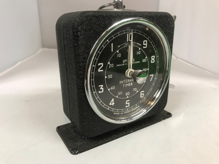 A Smiths English Clock Systems interval/lap timer, 10 cm, 4 inches wide - Image 3 of 4