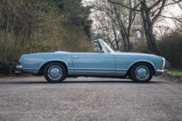 1963 Mercedes-Benz 230SL (W113)
