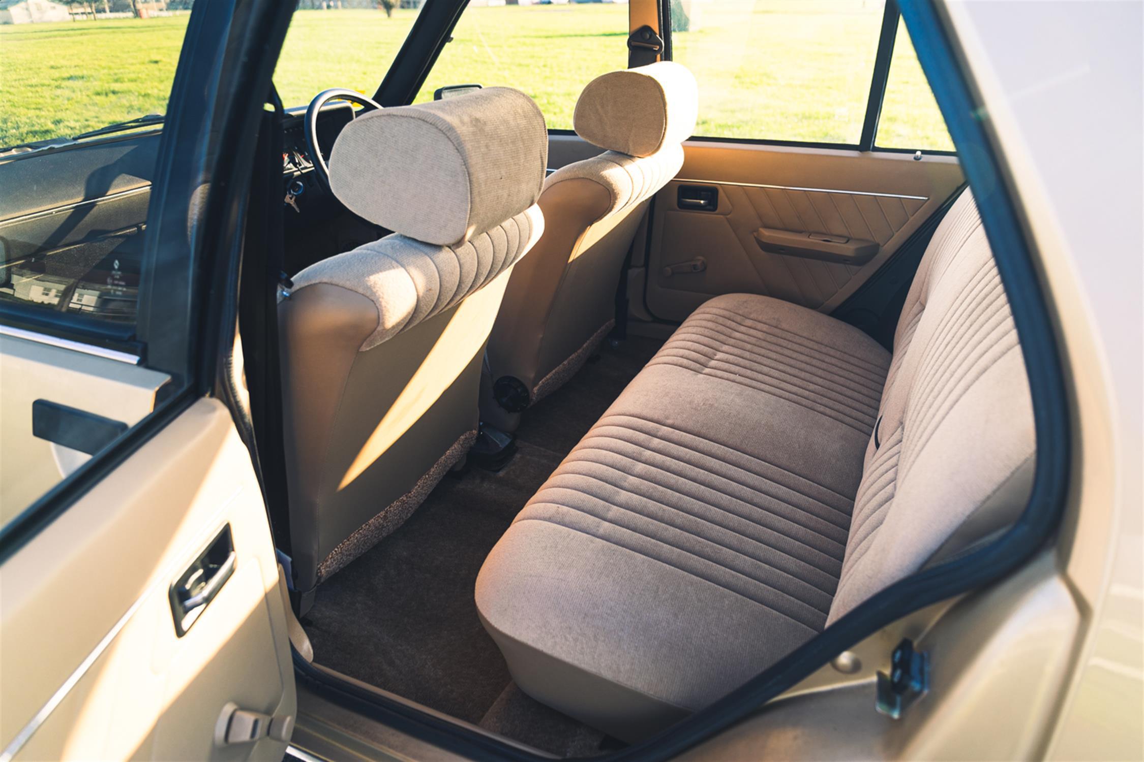 1983 Renault 18 GTL Estate - Image 9 of 32
