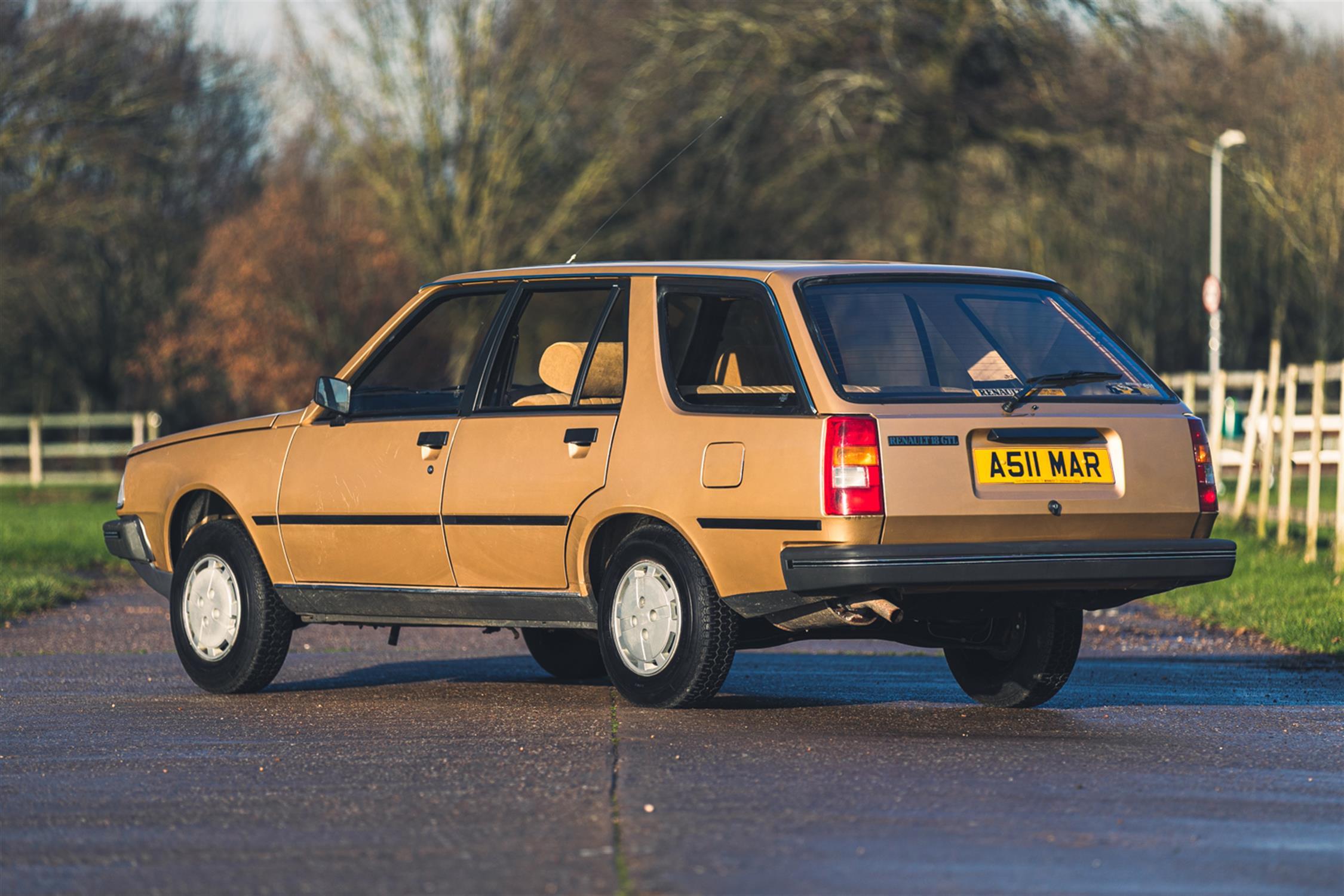 1983 Renault 18 GTL Estate - Image 2 of 32