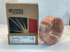 "LINCOLN LA-90 (EDS30775) WELDING WIRE ER80S-D2, DIA: 0.035"" (0.9MM), 20KG SPOOL/BOBINE *** DUE TO"