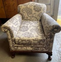 PATTERNED UPHOLSTERED ARMCHAIR