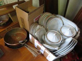 QUANTITY OF POLISH CHODZIEZ CERAMICS ALONG WITH 2 COPPER FRYING PANS & 1 COPPER SAUCEPAN