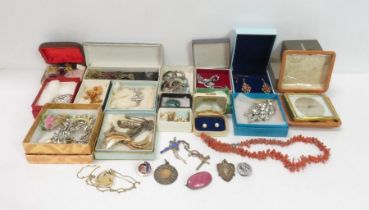 A collection of costume jewellery, mainly brooches