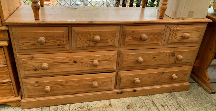 Long pine chest of 4 short & 4 long drawers