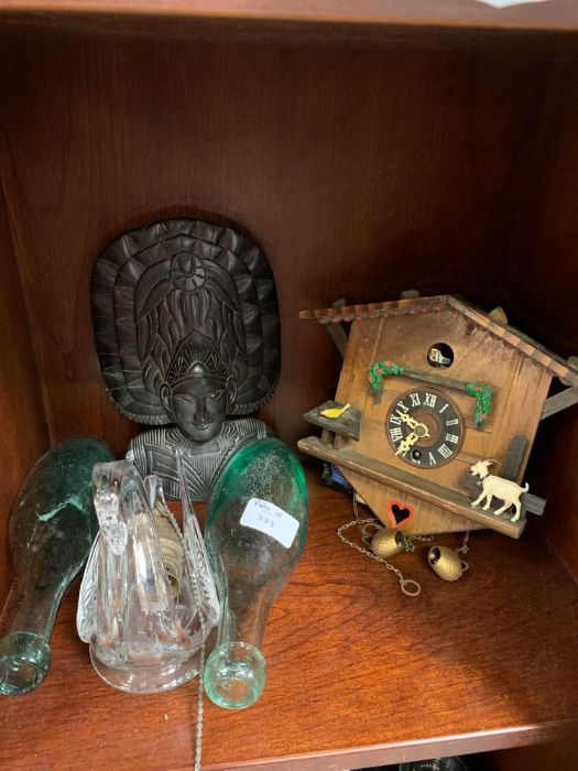 Shelf of collectables to include camera's, ear - Image 4 of 10