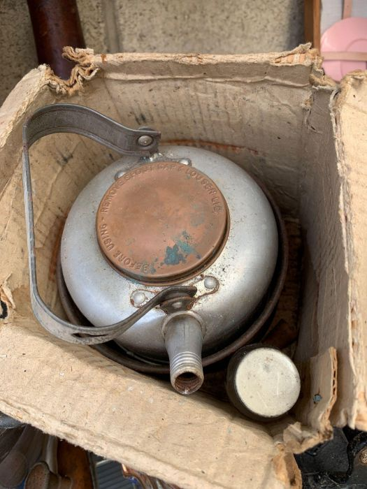 Vintage picnic set together with assorted items to - Image 4 of 10