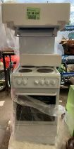 New freestanding Hotpoint electric cooker