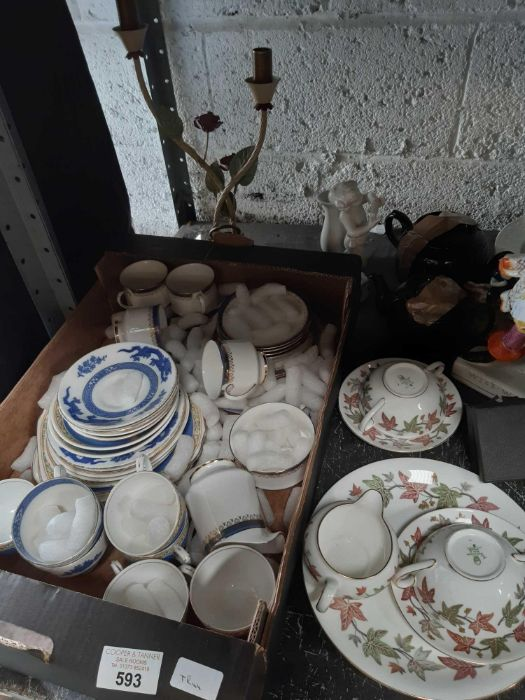 Shelf of china to include Staffordshire, Pargon, 4 - Image 3 of 3