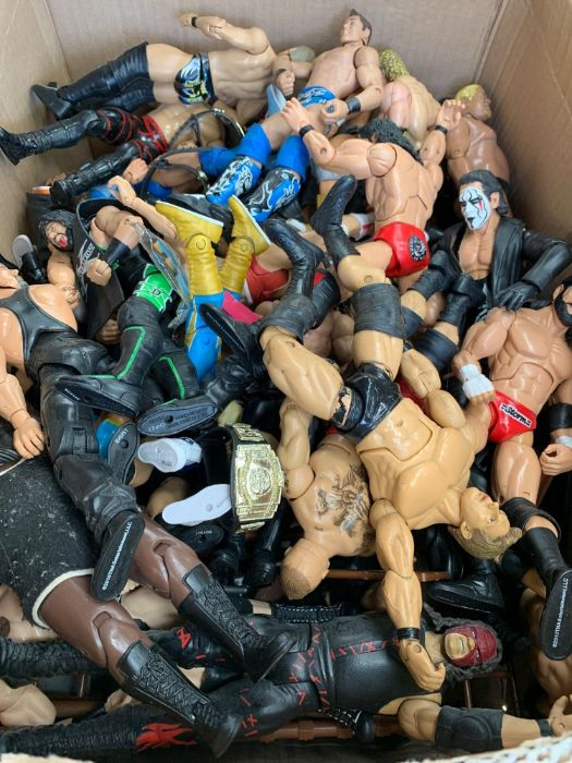 Large quantity of assorted WWE & other wrestling a - Image 2 of 2