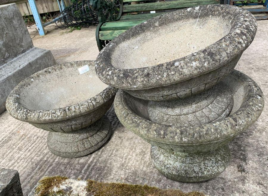 3 matching reconstituted stone planters - Image 2 of 2
