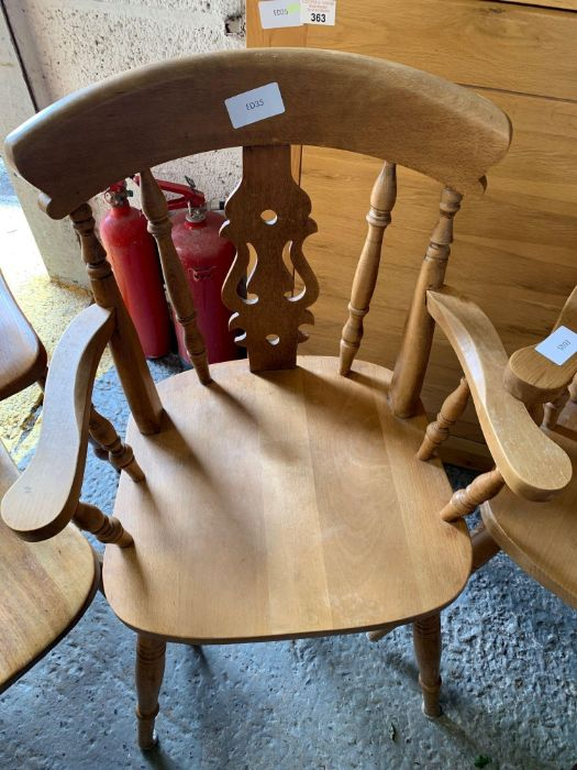 4 pine kitchen chairs & 2 matching carvers - Image 2 of 4