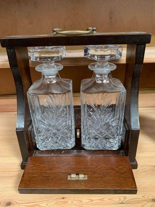Modern 2 decanter tantalus - Image 5 of 5