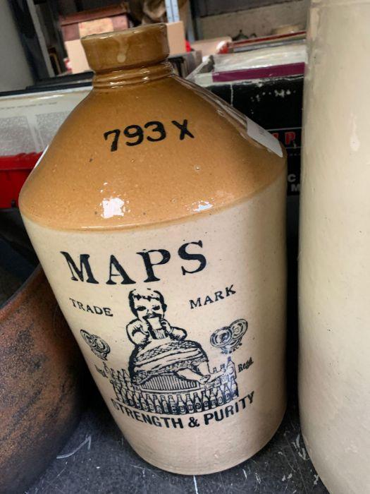 Old stoneware jar, cast iron cooking pot etc - Image 3 of 3