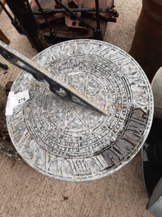 Metal sundial on metal base - Image 2 of 2