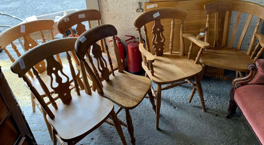4 pine kitchen chairs & 2 matching carvers