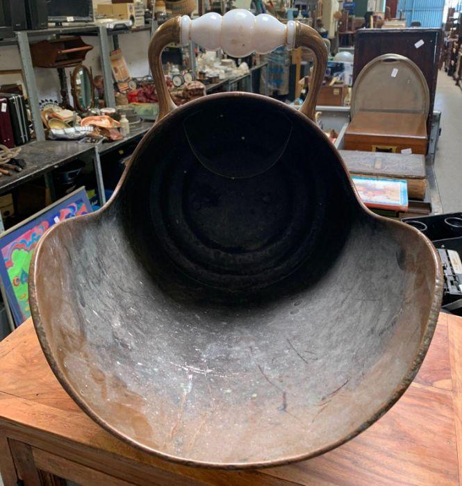 Copper coal scuttle - Image 2 of 3