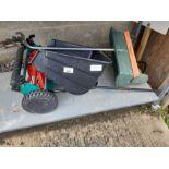 Manual lawnmower & lawn feeder
