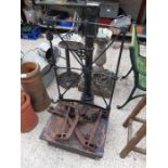 Set of weighing scales by P Rogers & Loach ltd, Bi