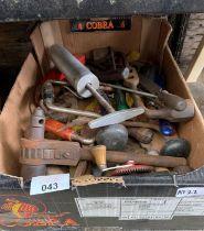Quantity of hand tools